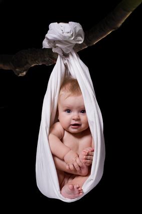 Baby im Tragetuch